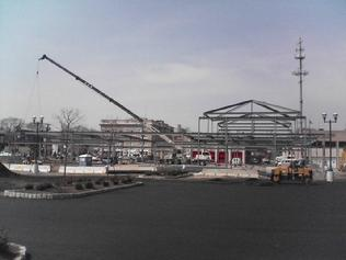 LYNDHURST TOWNE CTR - CONSTRUCTION OF STEEL